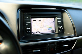 L'autoradio: L'objet auto high-tech en 2018